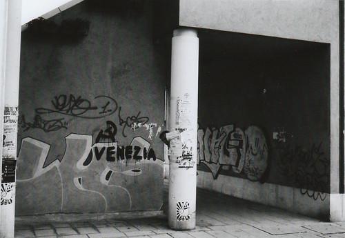 venetian streets by !!gluecrue.tk