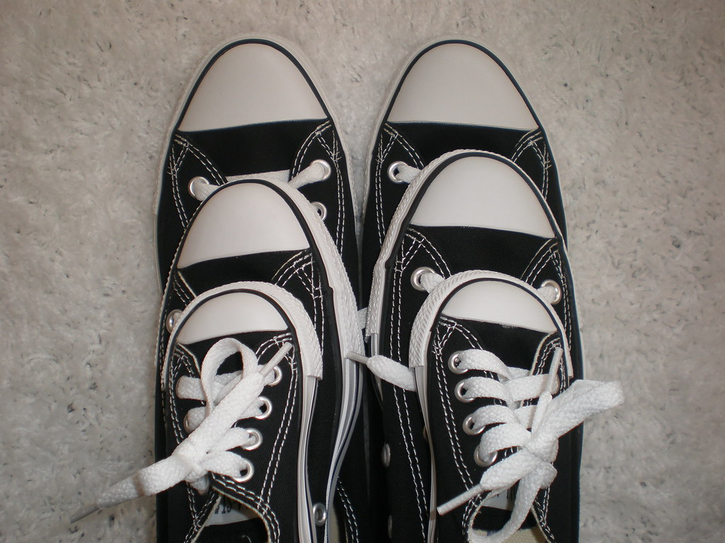 468400f9dbe32d We re a converse family!