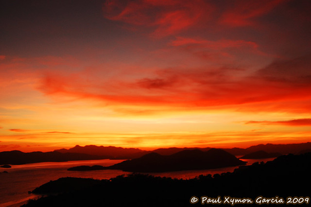 Sunset at Mount Tapyas