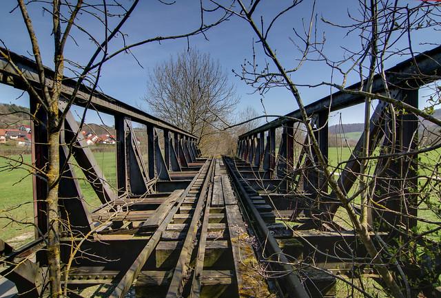 Alte Eisenbahnbrücke bei Winzenhofen