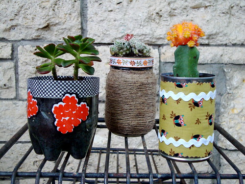 Recycled container plant pots craft apparent with vickie for Flower pot made by waste material