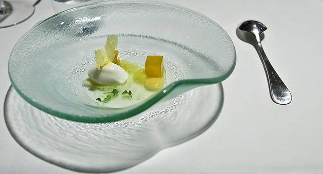 Un postre de Chez Dominique, uno de los restaurantes finalndeses con estrellas michelin