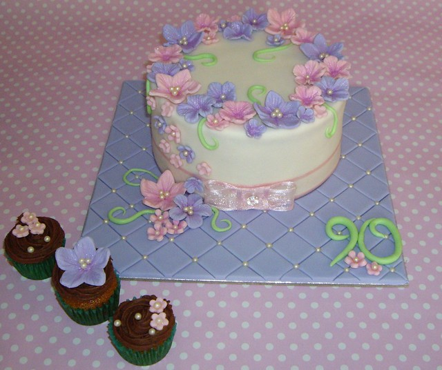 Cake decorating ideas for 90th birthday for 90th birthday cake decoration ideas