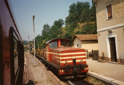 FCL0176 Locomotore LM4.606 a Pedace     (2)