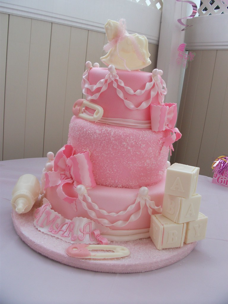 pictures-of-babyshower-cakes-girl