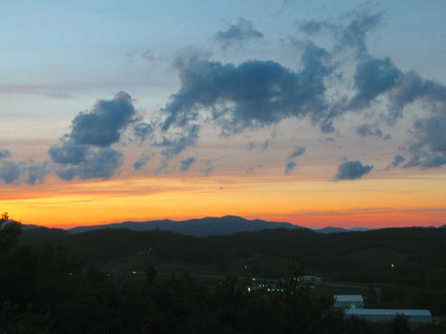 sunset cloud northcarolina blueridgeparkway appalachianmountains westernnorthcarolina southernappalachians ccbyncsa canonpowershotsx10is