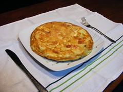 pot pie(0.0), quiche(0.0), meal(1.0), breakfast(1.0), frittata(1.0), baked goods(1.0), produce(1.0), food(1.0), dish(1.0), cuisine(1.0), tortilla de patatas(1.0),