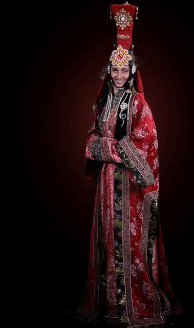 MONGOLIAN QUEEN COSTUME   Flickr - Photo Sharing! Mongolian Beauty Queen