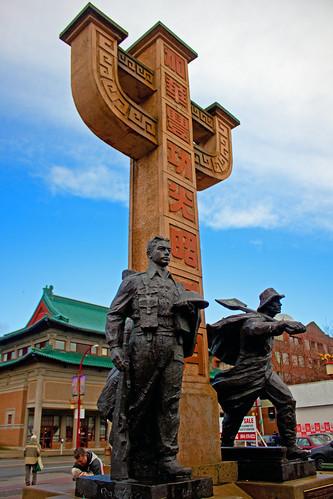 Chinatown Memorial Statue