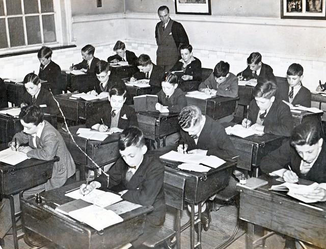 classroom desks in rows single row classroom setup