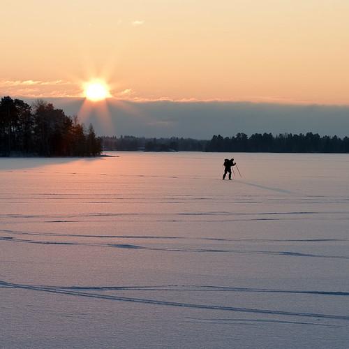 winter sunset snow ice sweden skater sverige östergötland canon50mmf14usm bjärkasäby canoneos7d