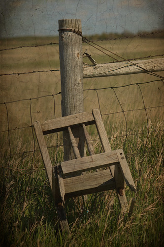 texture abandoned grass southdakota fence chair post country rustic prairie