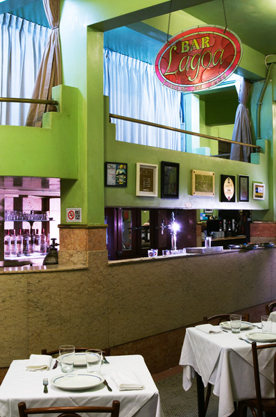 Intérieur du bar Lagoa