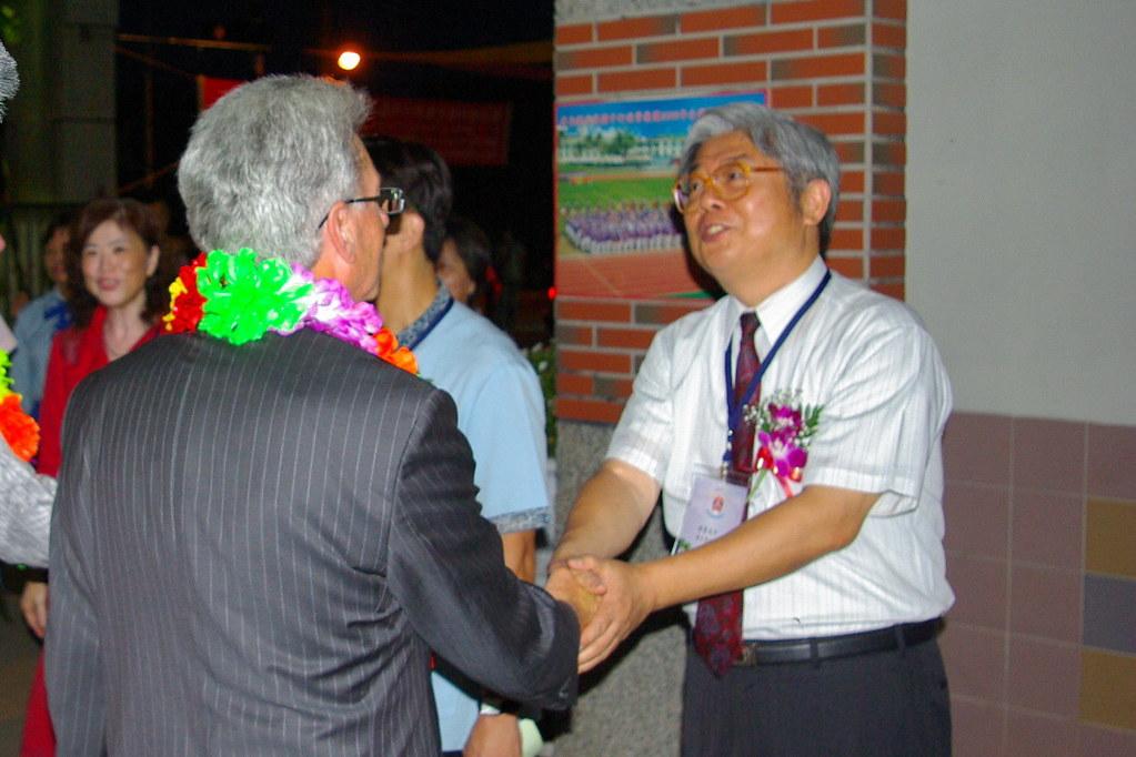 2010年5月份-金色山莊安排Hauraki市長會晤屏東縣屏榮高中