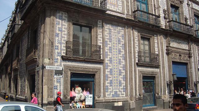 4195430048 8907ecbb3f for Casa de los azulejos mexico df