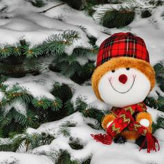 santa claus(0.0), winter(1.0), tree(1.0), snow(1.0), christmas decoration(1.0), christmas(1.0), snowman(1.0),