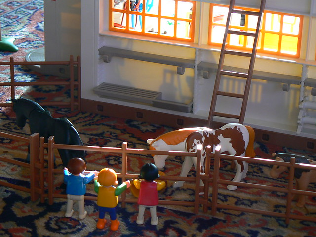 playmobil reiterhof im morgenlicht flickr photo sharing. Black Bedroom Furniture Sets. Home Design Ideas