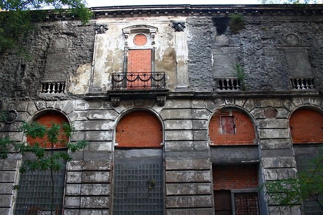 Ruinas del front n beti jai 1893 calle marqu s de riscal for Calle marques de riscal