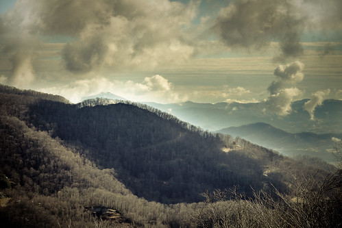 Smokey Mountains by Flickr User: Basheer Tome