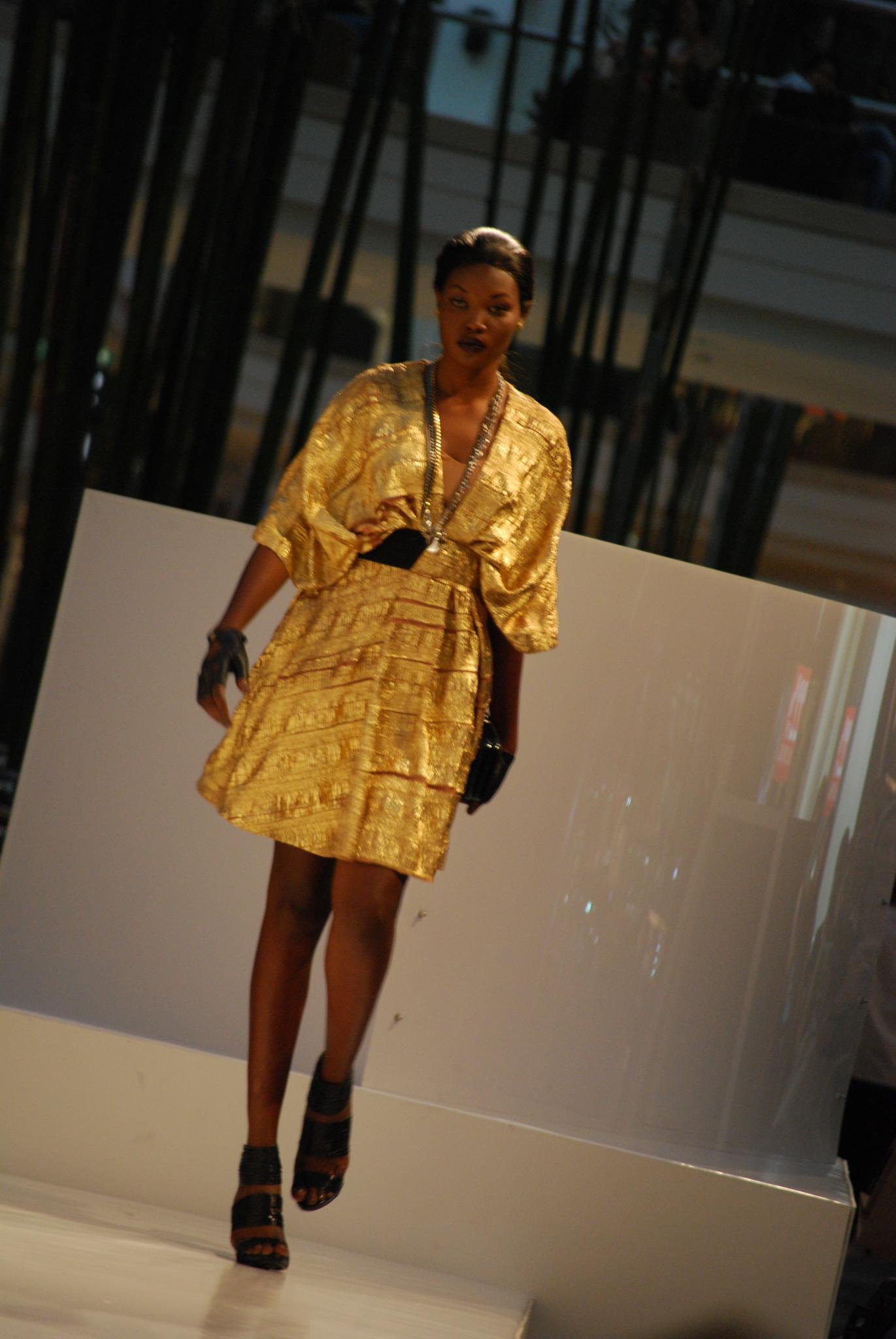 Fashion Square Directions