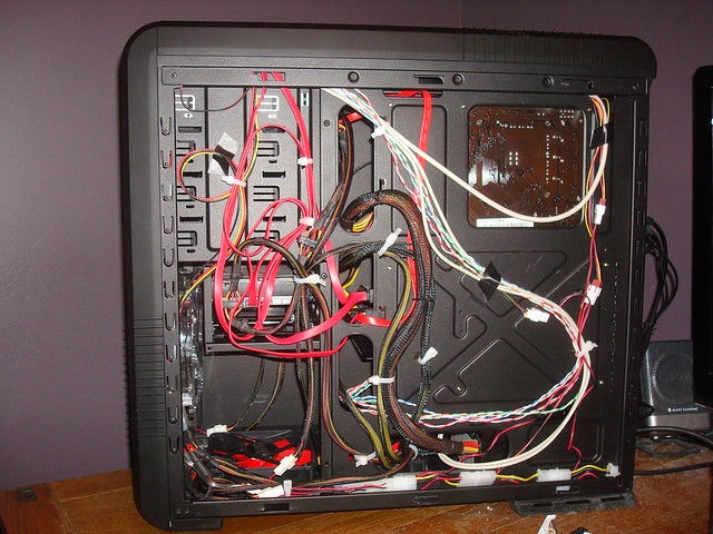 Computer Cable Management | Flickr - Photo Sharing!