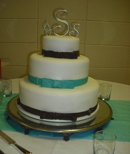 chocolate and teal bow wedding 69 and 12round tiers covered in white