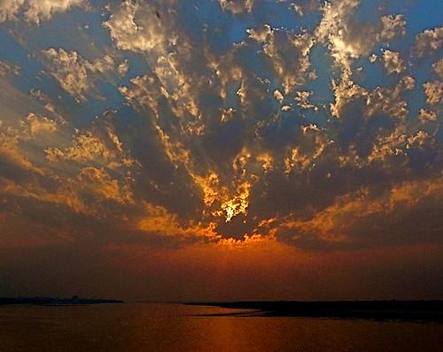 sunset sky sun nature water clouds river evening natur alam ganges bihar sekitar ©sekitar
