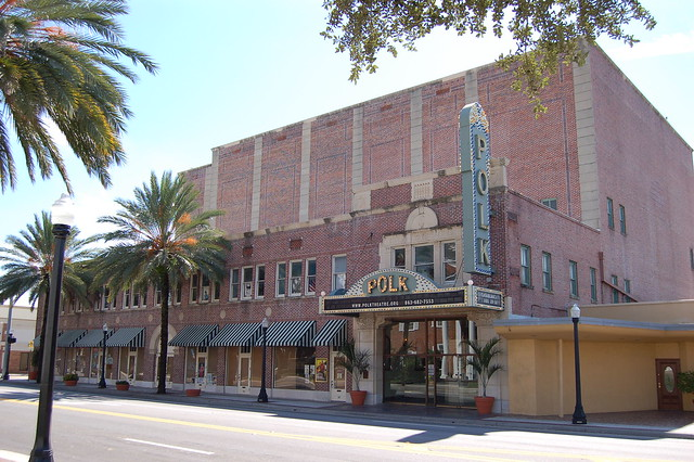 Movie theater lakeland florida