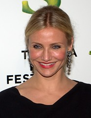 4546597271 f33a247e10 m Cameron DiazI just found out that Cameron Diaz was punched in the face back in 2005?