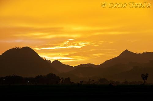 sunset indonesia geotagged bandung nikkor d300 naturesfinest ciwidey mywinners abigfave teeje anawesomeshot soreang geo:lat=7021352 geo:lon=107536594