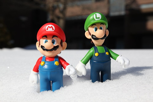 Mario & Luigi - 453 - The Morning Snow