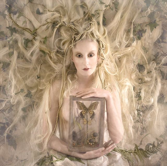 Kirsty Mitchell - Wonderland : The White Witch