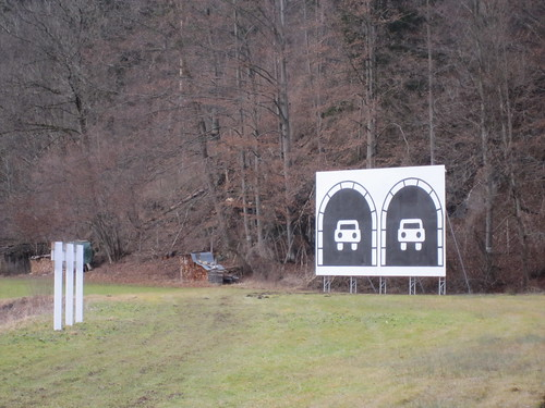 Tunnelportal an der B2
