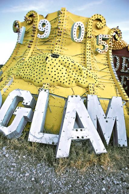 1905 Glam