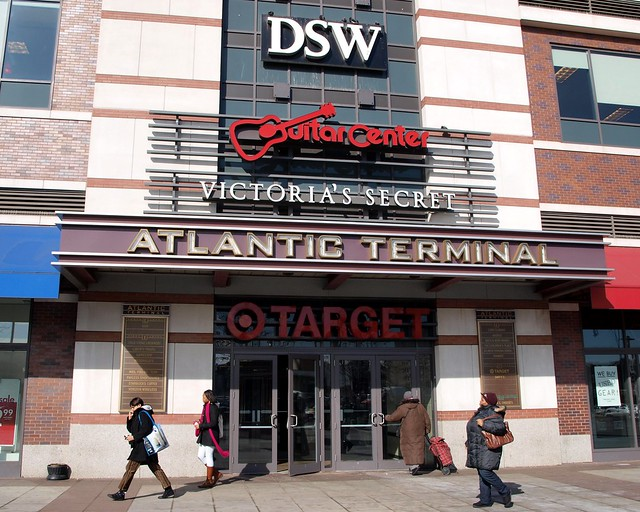 Target, Old Navy, Pathmark, Best Buy and Office Max are some of the major stores located in the Atlantic Center and Terminal Mall in Brooklyn. The shopping center is also known as the Atlantic Center and the Atlantic Center Mall. Target is the major convenience store located in .
