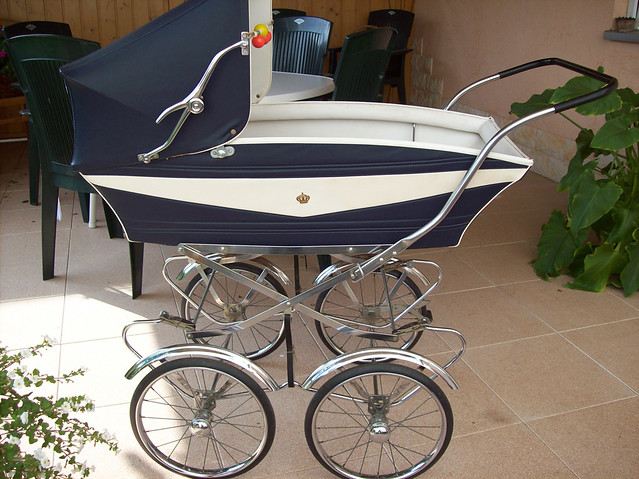 van delft nostalgie kinderwagen 70er f r rebornbaby van delft nostalgic pram from the 70 s. Black Bedroom Furniture Sets. Home Design Ideas
