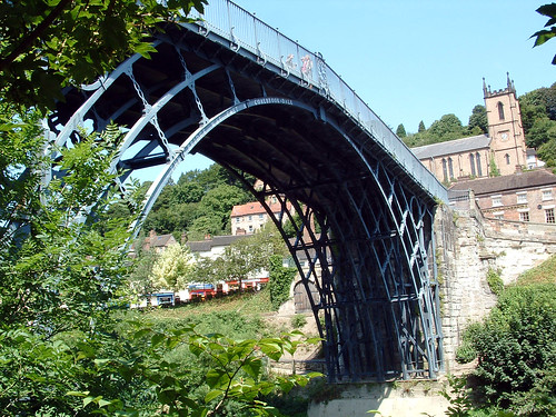 The Iron Bridge, Ironbridge Gorge World Heritage Site, Shropshire[7/12/06]