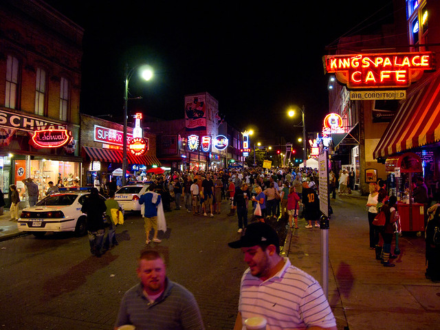 Saturday Night on Beale Street by CC user garyjwood on Flickr