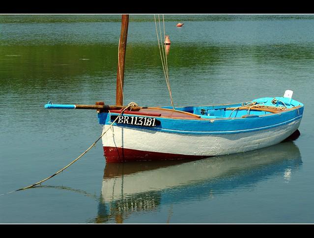 Petit canot breton.
