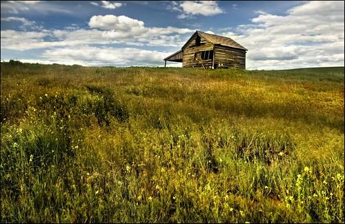 abandoned barn moscow idaho palouse