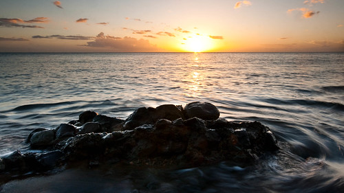 sunset rocks waves caribbean dominica caribbeansea