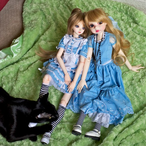 Nico and Dolls by alington