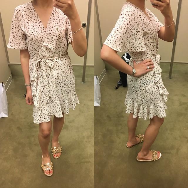 Topshop Daisy Ruffle Wrap Tea Dress, size 2