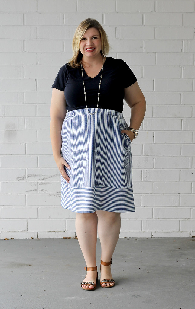 seersucker midi skirt and navy tee 5
