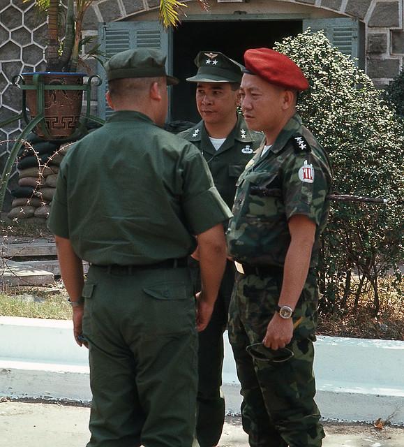 Saigon Feb 1969 - Maj Gen Nguyen Van Minh (center) & Lt Gen Do Cao Tri (right) at Camp Le Van Duyet, Capital Military District HQ - Photo by Brian Wickham