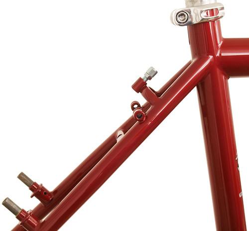 "<p>Gunnar Grand Tour seat cluster<br /> <br /> gunnarcycles / <a href=""http://gunnarbikes.com"" rel=""nofollow"">gunnarbikes.com</a> / gunnarbikes</p>"