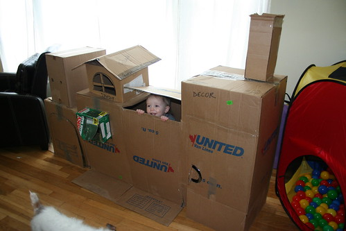 how to make a cardboard box fort 3