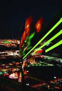Bilde av Big Shot. vegas tower hotel big shot lasvegas casino strip insanity rides thrill stratosphere xscream lasvegashotels bigshot thrillrides