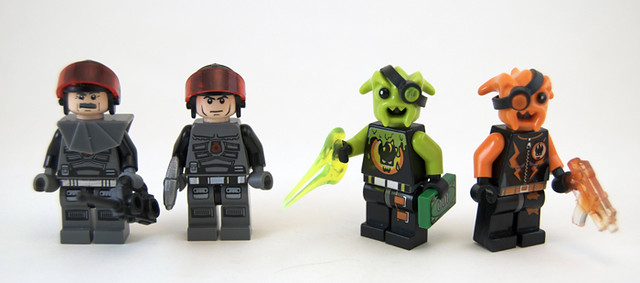 LEGO Ideas - The Lego Picture Frame featuring Space, Aliens and a ...