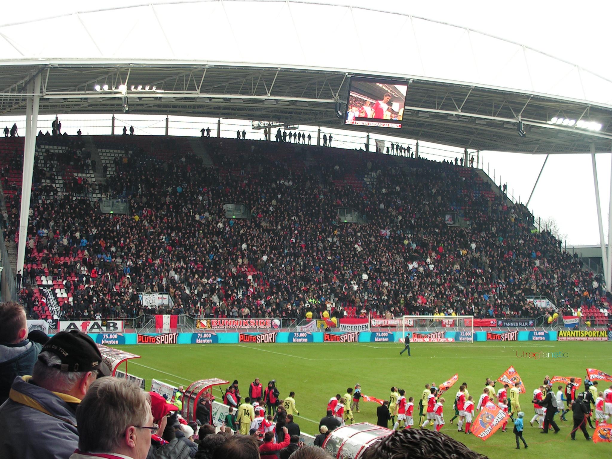De Bunnikside voor FC Utrecht - Feyenoord | Flickr - Photo ...